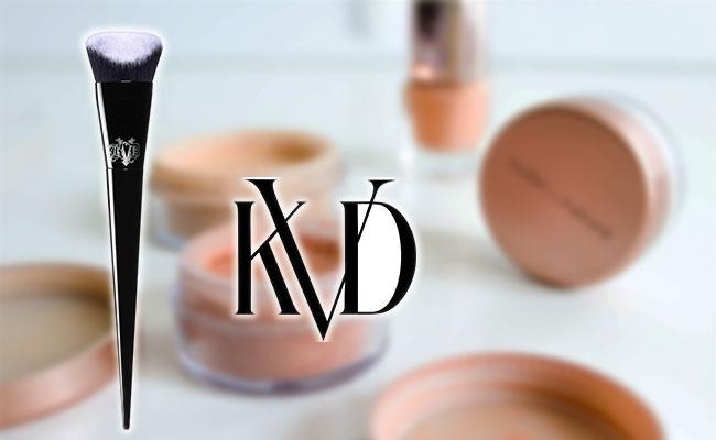 Pennello per fondotinta liquido Kat Von D Vegan Beauty